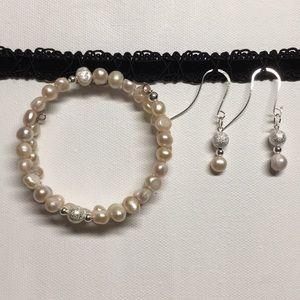Jewelry - Earring & bracelet set *blush pink pearls